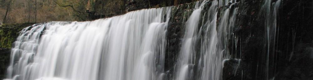 http://breconbeacons.files.wordpress.com/2012/01/waterfalls-052-sgwd-clun-gwyn-isaf-afon-mellte-waterfall-country.jpg