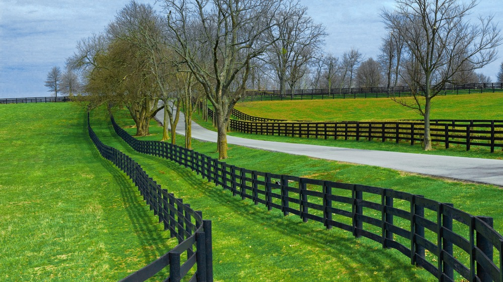 http://www.wallsave.com/wallpapers/1920x1080/farm/1256405/farm-fence-1256405.jpg